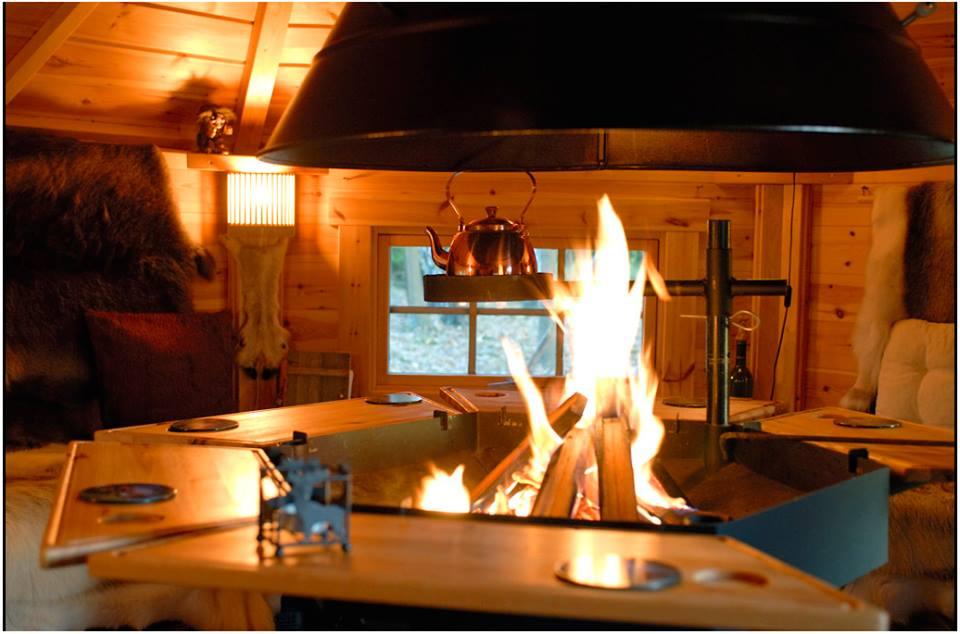 finnische grillkota grillvergn gen das ganze jahr ber. Black Bedroom Furniture Sets. Home Design Ideas