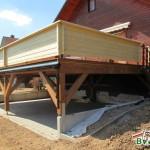 Holzterrasse-Brüstung