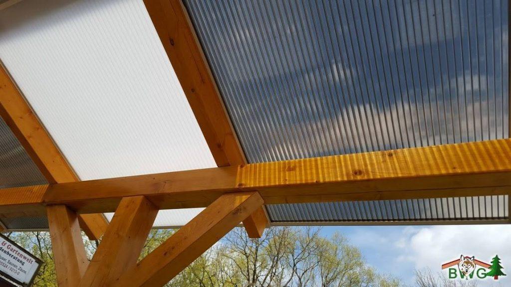 Pergola mit Weidenzaunelementen - Ansicht Dach