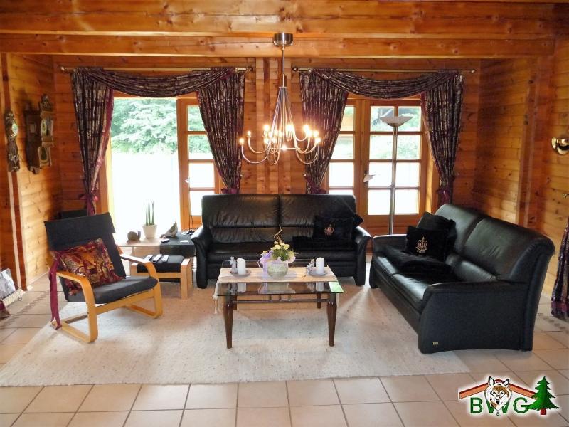 Wohnblockhaus - Wohnzimmer (Einrichtungsbeispiel Blockhaus)
