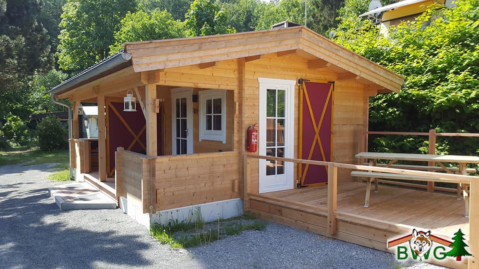 Doppelblockhütte, Campinghaus, Blockhaus